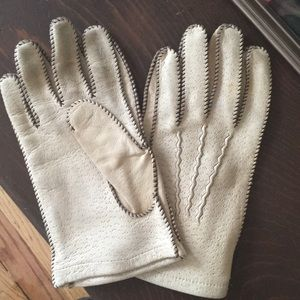 Cream Deerskin Gloves